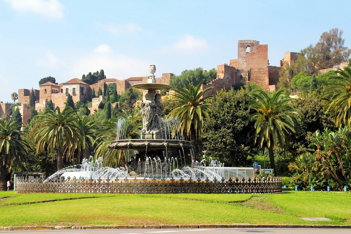 Travel to Malaga Vacaciones en Málaga